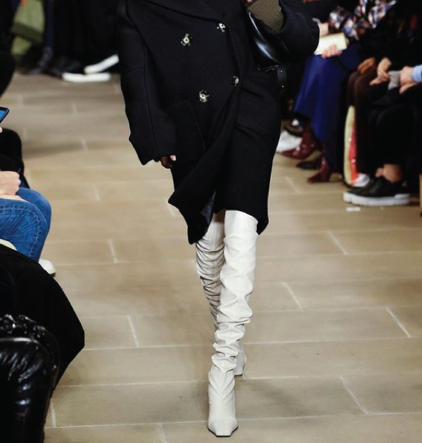 The Major Fall Shoe Trends To Buy Now, over the knee boots. Seen in every runway, the over the knee boot is here to stay, in every colour and shape.