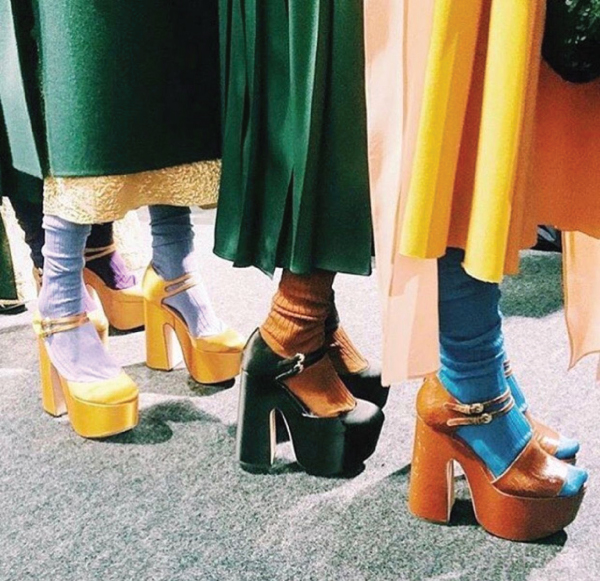 The Major Fall Shoe Trends To Buy Now, the platform sandal. With a very high heel and an ankle strap, the platform sandal comes back straight from the runway.