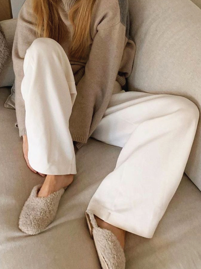 The Fundamental List Of Shoe Trends For 2021. Chic slippers in beige.