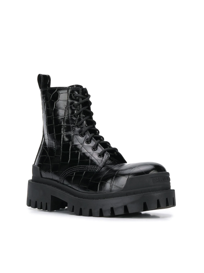 Shoe Trends That Will Best Fit Your Jeans: Chunky Boots from Balenciaga.