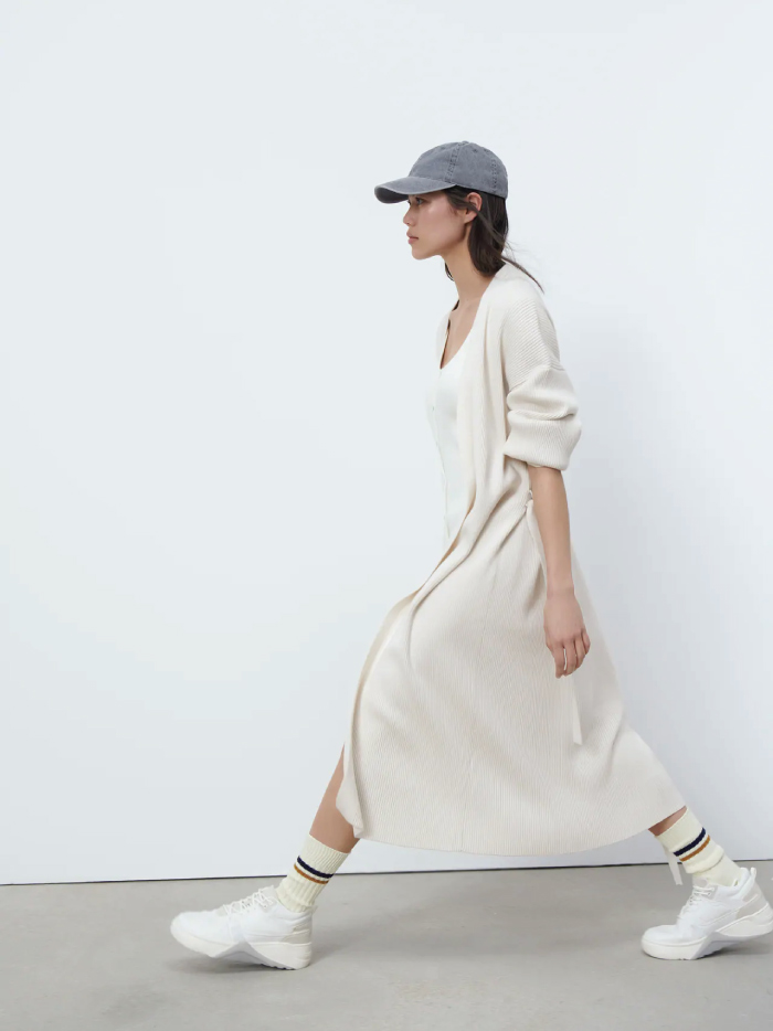 Why Zara Has The Best Shoe Collection For Spring: Contrast Platform Trainers from Zara.