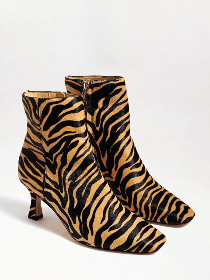 The Boots Everyone Will Wear For The Next Months.  Lizzo Kitten Heel Bootie from Sam Edelman.