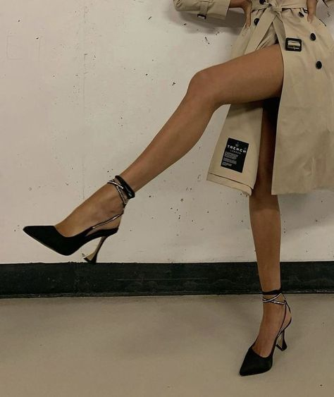 ANKLE STRAP SANDALS EITH DETAILS from PINTEREST