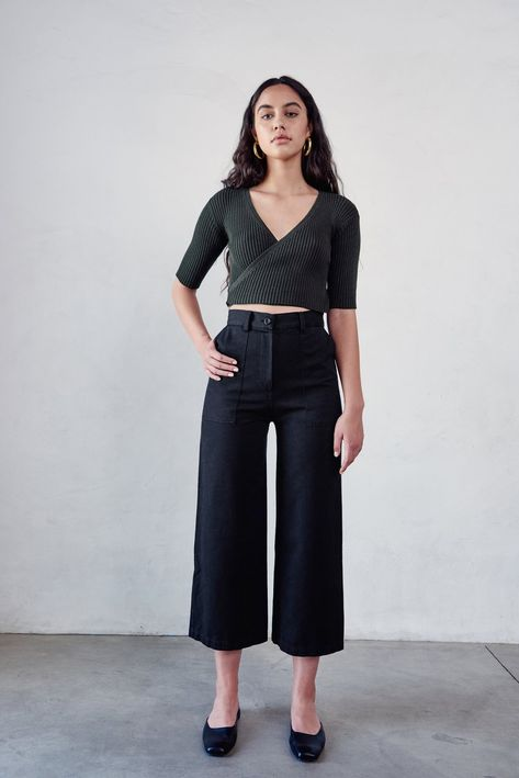 BLACK BALLET FLATS WITH TAILORING PANTS  from PINTEREST