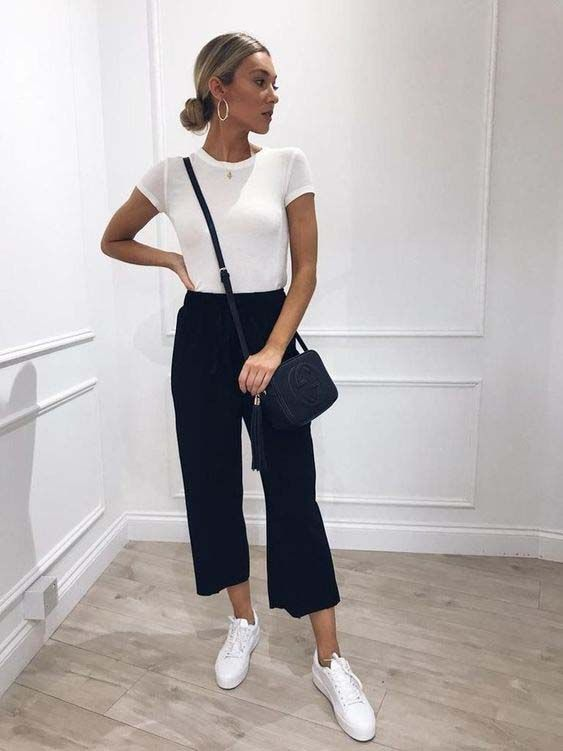 MINIMAL OUTFIT  from PINTEREST