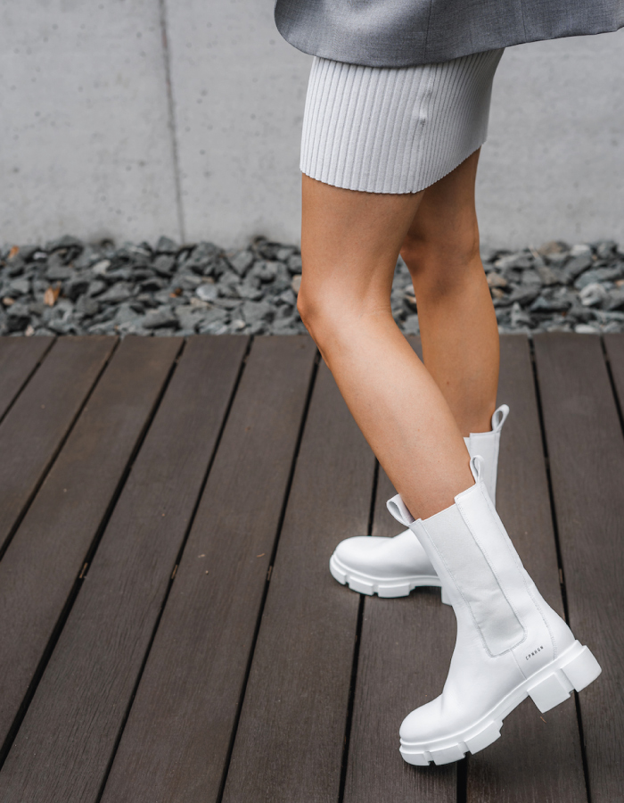 The Shoe Trends That Will Take Over This Fall. White Chelsea Boots.