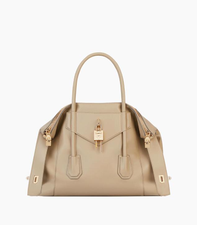 The Designer Bags Of 2021. Givenchy Medium Antigona Soft Lock Bag