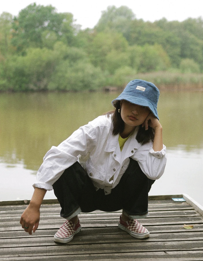 Bucket Hats You Will Want To Wear All Summer. Bucket hat made of hemp from sustainable brand Hempnath.